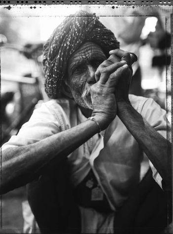 ganja smoker - Indian Stills di Bevilacqua Carlo